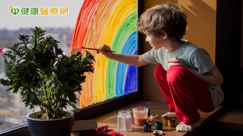 愛在畫中巡迴畫展 身心障學生繪出溫暖