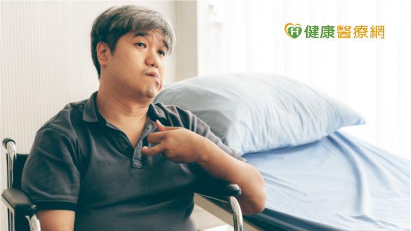 靜脈雷射能量治療 助腦傷患者改善症狀